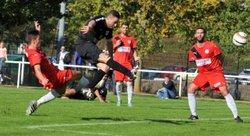 PH: Comert, force 8, propulse l'AFC Blois en tête