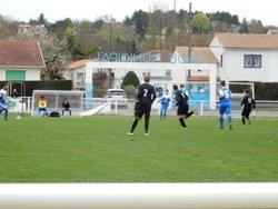 L'équipe A se déplaçait à La Couronne. Score 2-3 - AM.S VOEUIL ET GIGET