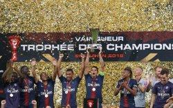 PARIS SG vs MONACO : 4 - 0 - A . S . CELLULE