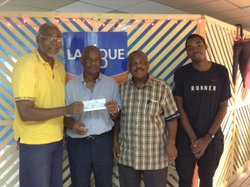 Participation du CSM à octobre Rose 2016. Remise du chèque à la Ligue contre le cancer - CLUB SPORTIF MOULIEN