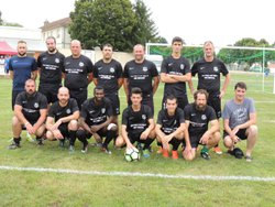 l'équipe B contre les copains d'avant - E.S. TOULON