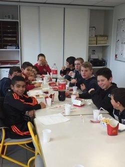 REPAS DE NOEL AMÉRICAIN DES U13 - football club de genilac