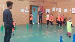 Entrainement en salle des petits - FOOTBALL CLUB DE ROSENDAEL