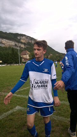 1ere victoire a serriere - Football Olympique Leymentais