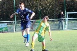 Les U18 contre Riberac-Tocane (merci pour leur photographe) .. - Ecole de foot FOOTHISLECOLE