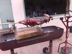 Cochon grillé de fin de saison au stade - Sport et Loisirs La Chapelle Du Bois