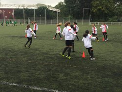 Match Paris FC - AC.Montreuil victoire de nos joueuses 4-2 bon match !!! 07/10/2017 - Associazione Club Montreuil Futsal         ACM MONTREUIL FUTSAL