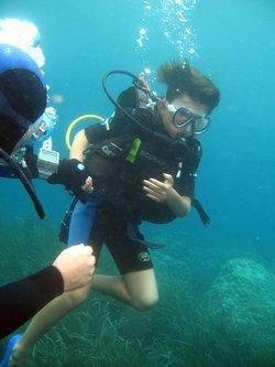 LA 9ieme COMPAGNIE au fond de la mer !!!!! après les terrains en  synthetique ,nos U9 ( NOLHAN ,KILIAN,ENZO,MAXIME,LORIS , YLAN avec leur coach photographe!!! ont partagés un super moment en découvrant les fonds marins de la rade de VILLEFRANCHE/MER - Réveil Sportif Saint-Isidore