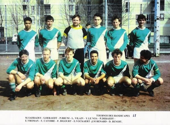 Saisons 1980 1990 club football stade lezennois footeo for Garage lesaffre faches thumesnil avis