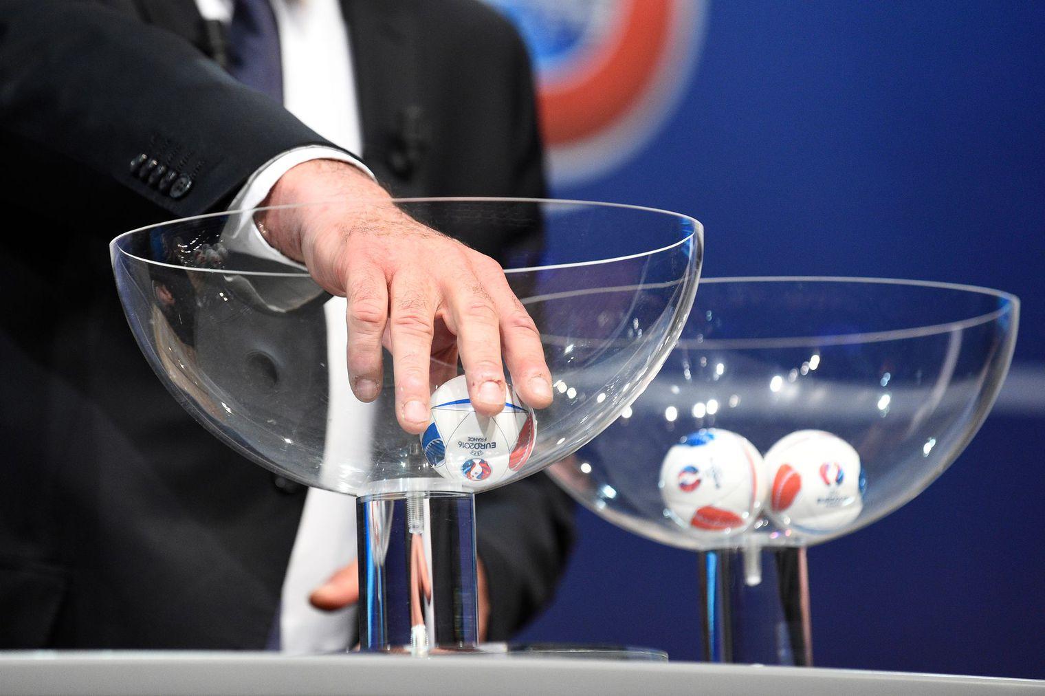 Actualit tirage au sort officiel des groupes - Tirage au sort coupe de france de football ...