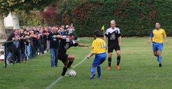Les Séniors 1 contre Saint Simeon de Bressieux - Ascol Foot 38