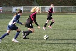 Match des U13F VGA Bohars contre Le Relecq-Kerhuon (13/10/2018) au Stade Mathieu Pellen à Bohars. - VGABohars Féminines