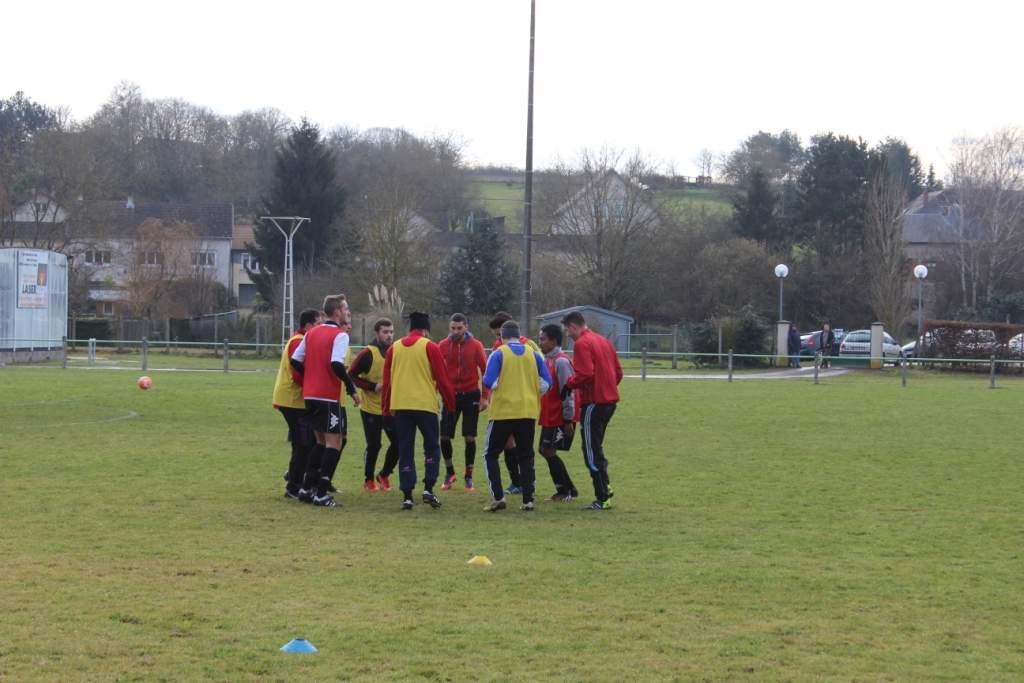 Album coupe du centre lunery dh 0 4 photo n 3 club football bourges foot footeo - Coupe du centre football ...
