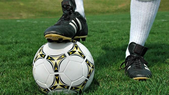 Fin de la saison de football 2012-2013