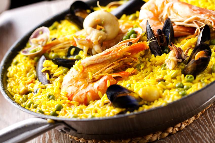 Paella espagnole traditionnelle