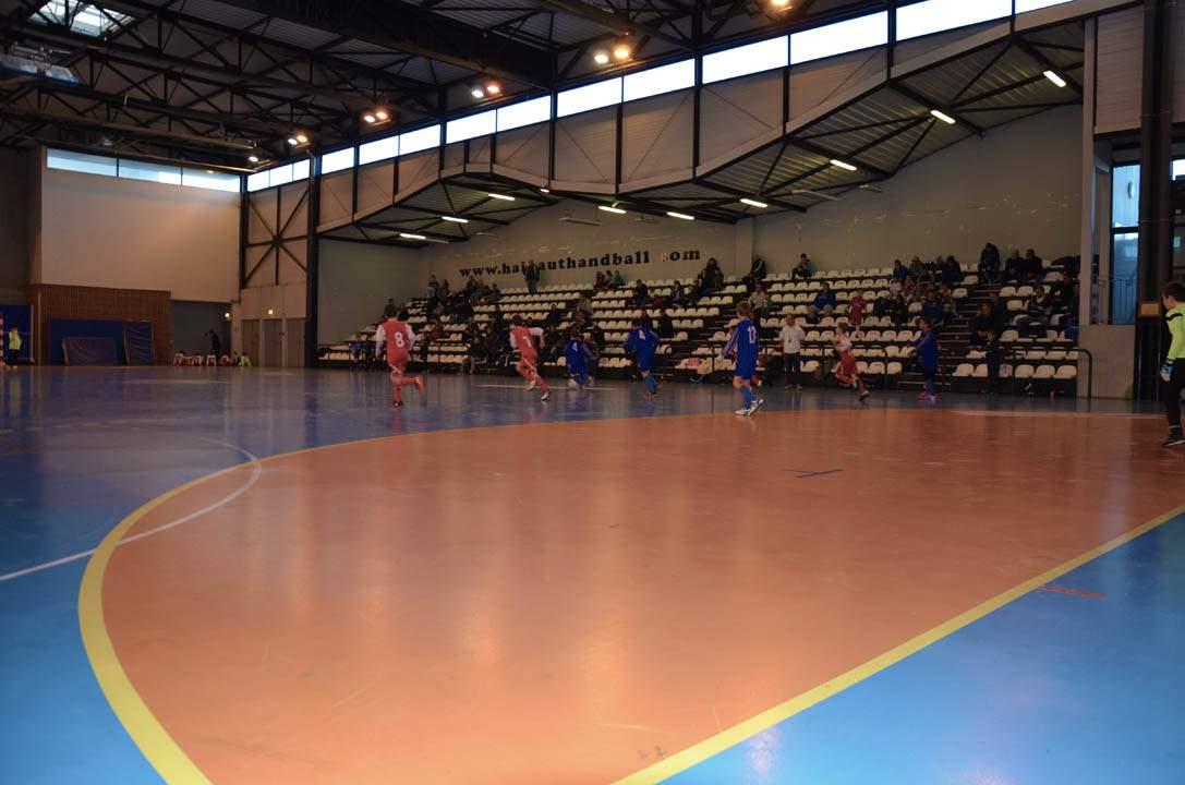 Terrain Salle Des Tertiales Club Football Saint Waast Cheminots