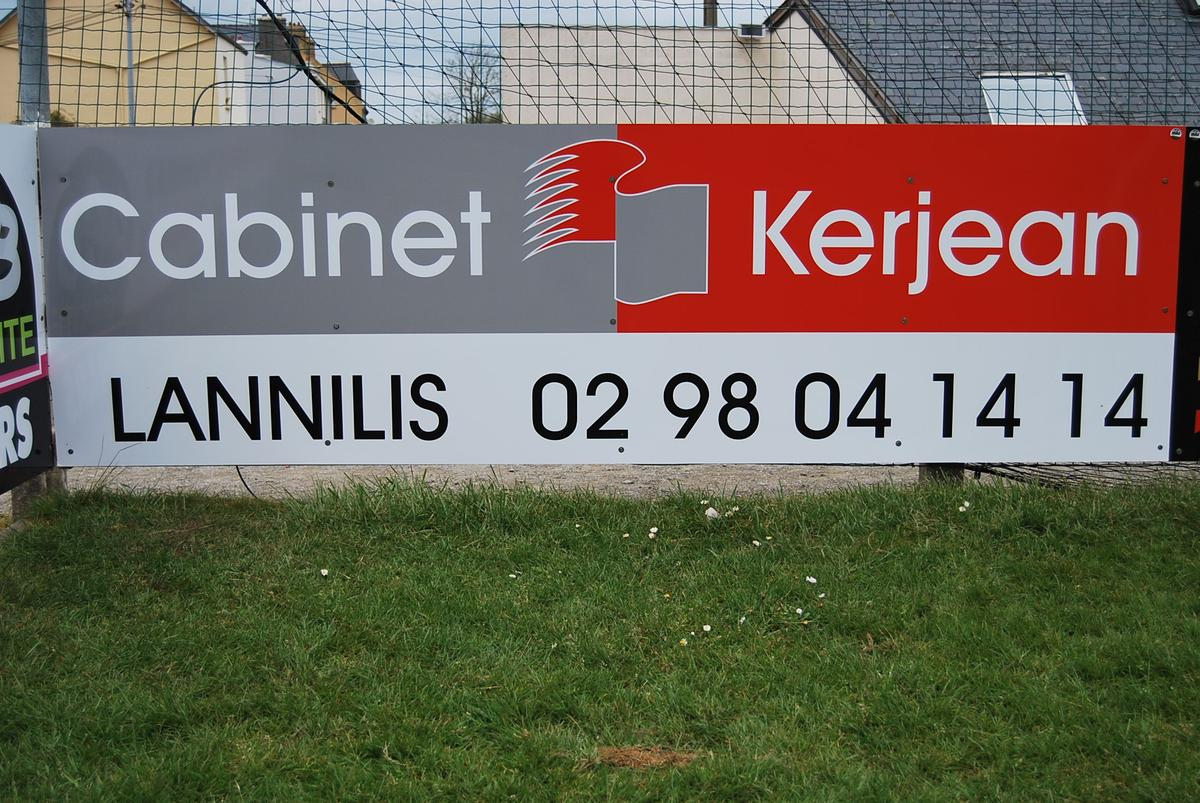 Cabinet Kerjean Club Football Sporting Club Lannilis Footeo